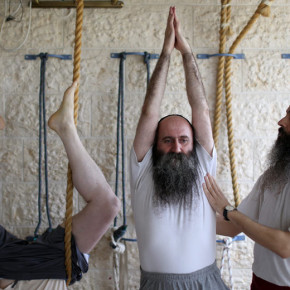 Ultra Orthodox Jews practice yoga